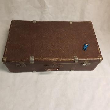 grote bruine valies